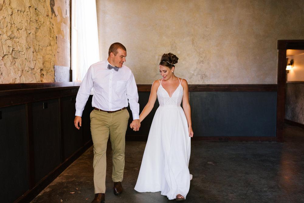 seattle_wedding_photographer_roslyn_outdoor_wedding-0303.jpg
