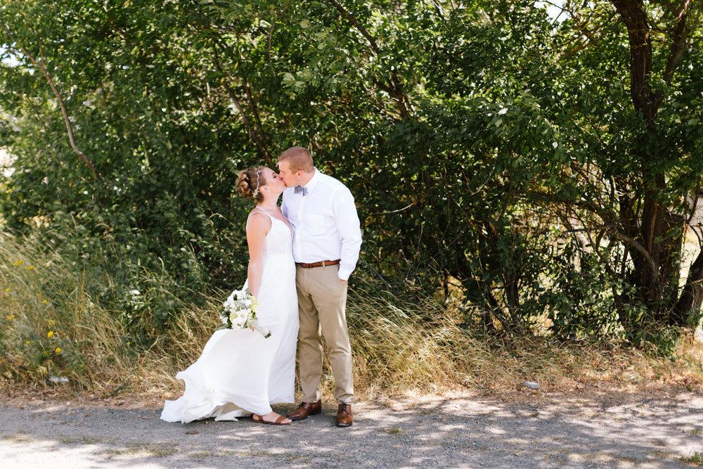 seattle_wedding_photographer_roslyn_outdoor_wedding-6067.jpg