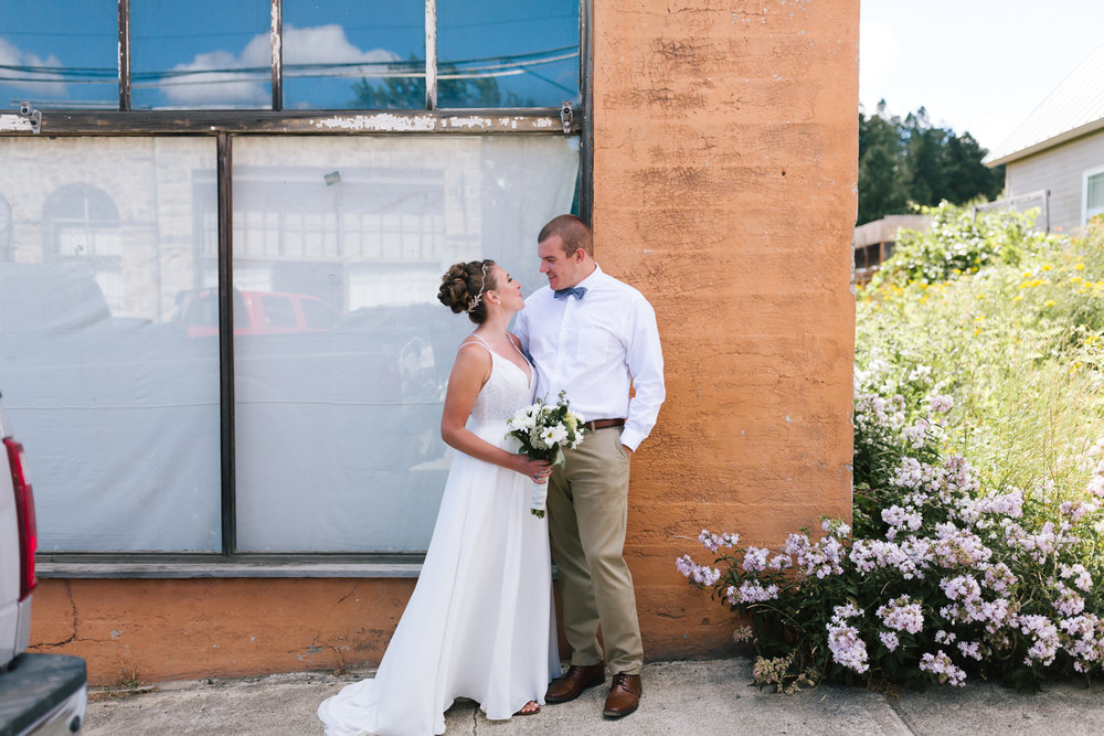 seattle_wedding_photographer_roslyn_outdoor_wedding-0376.jpg