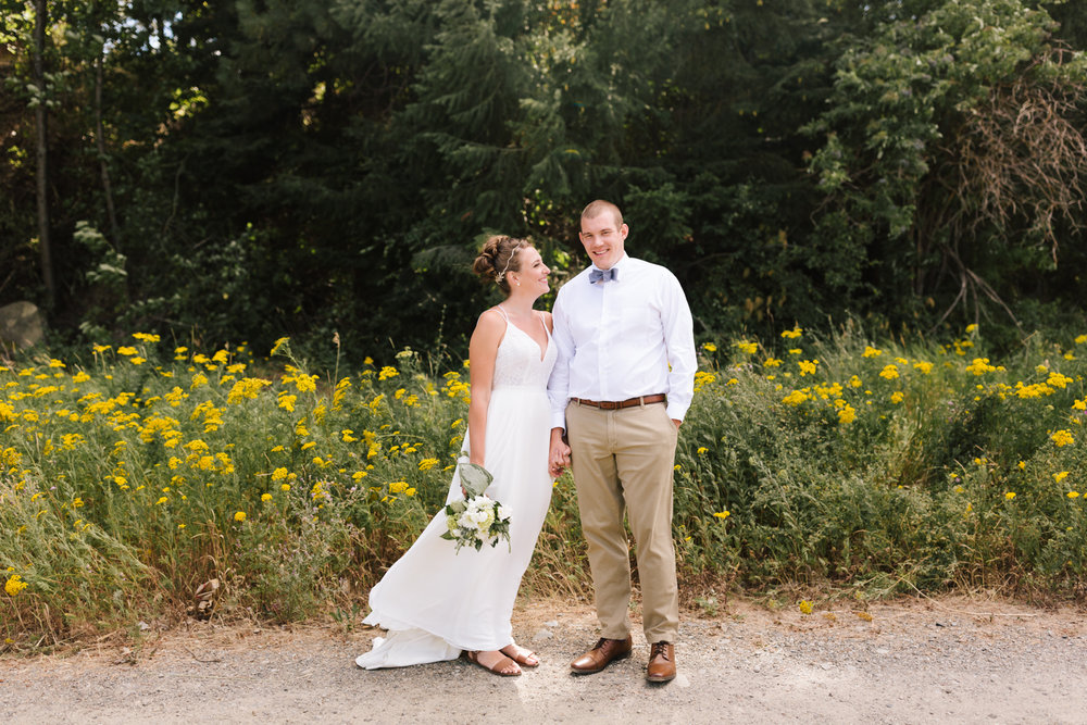 seattle_wedding_photographer_roslyn_outdoor_wedding-0414.jpg