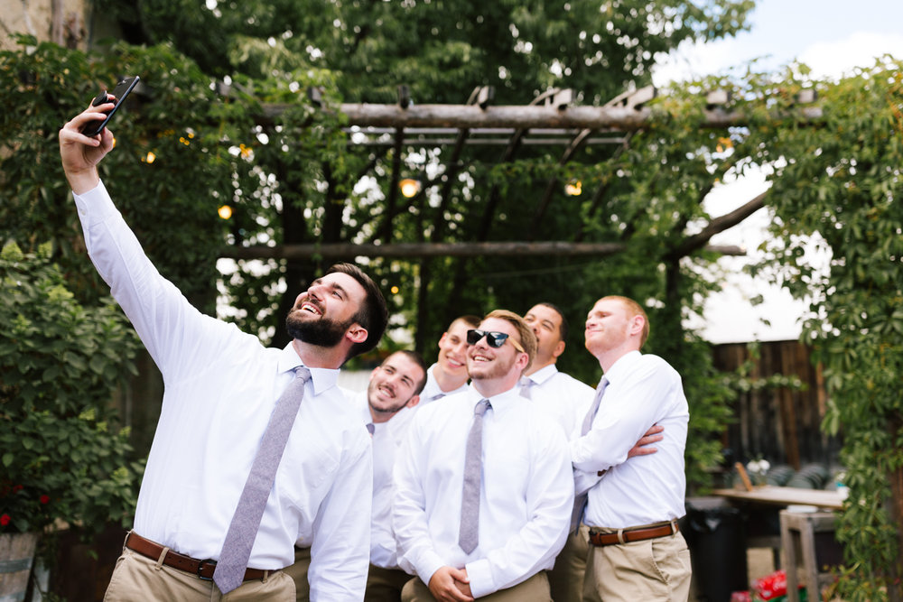 seattle_wedding_photographer_roslyn_outdoor_wedding-0449.jpg