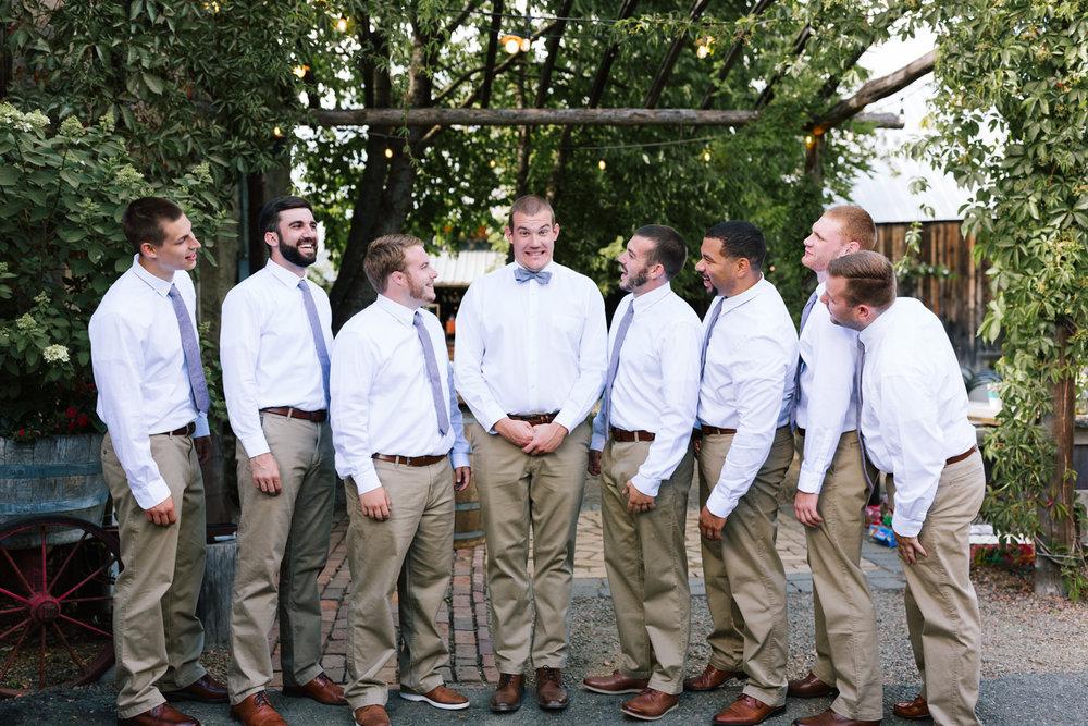 seattle_wedding_photographer_roslyn_outdoor_wedding-0462.jpg