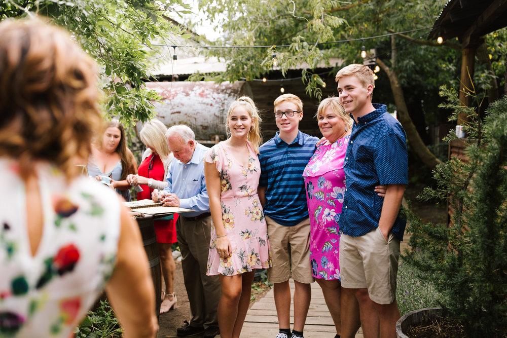 seattle_wedding_photographer_roslyn_outdoor_wedding-0661.jpg