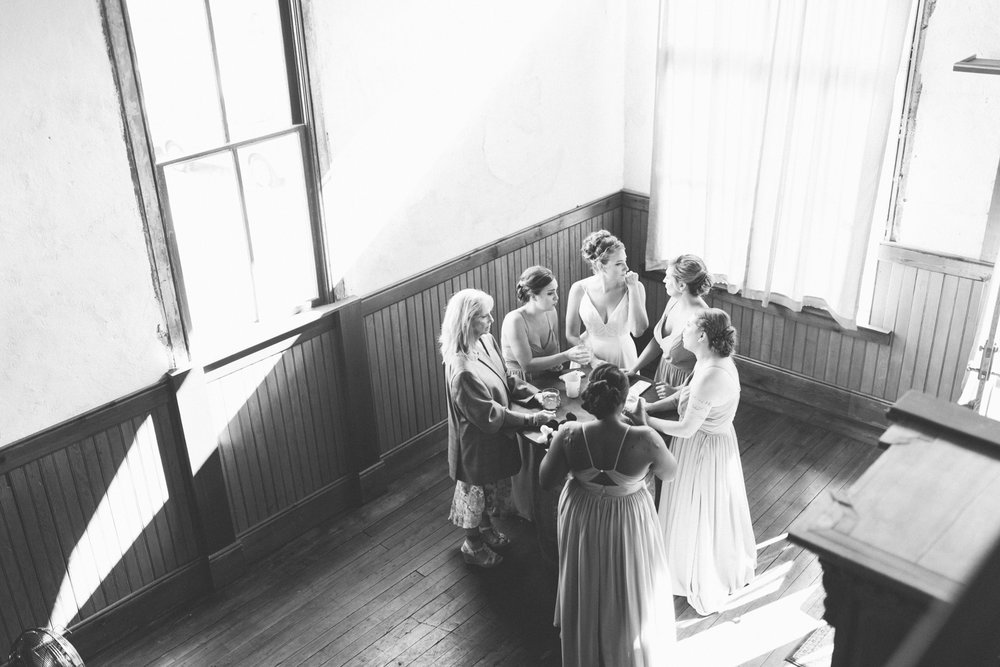 seattle_wedding_photographer_roslyn_outdoor_wedding-0695.jpg