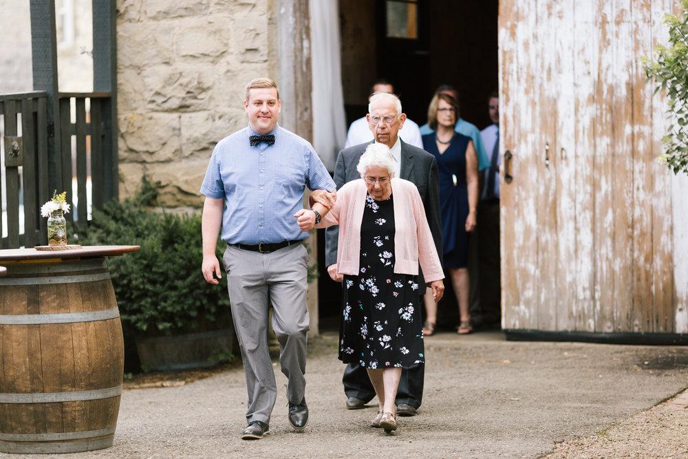 seattle_wedding_photographer_roslyn_outdoor_wedding-6149.jpg