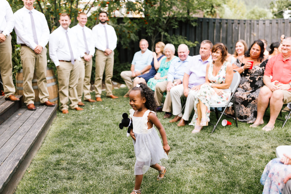 seattle_wedding_photographer_roslyn_outdoor_wedding-0727.jpg