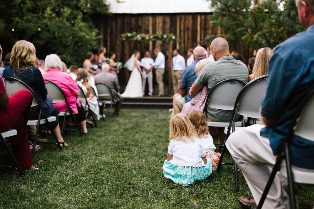 seattle_wedding_photographer_roslyn_outdoor_wedding-0752.jpg