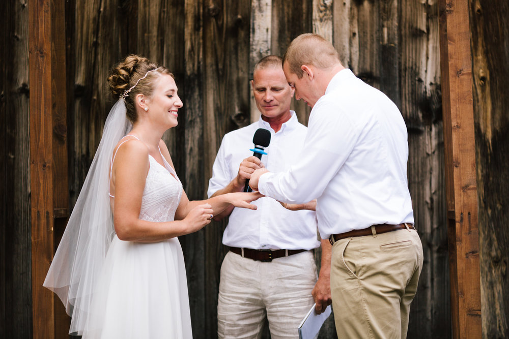seattle_wedding_photographer_roslyn_outdoor_wedding-6275.jpg