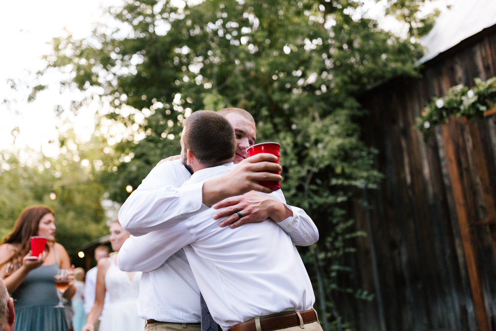 seattle_wedding_photographer_roslyn_outdoor_wedding-1038.jpg