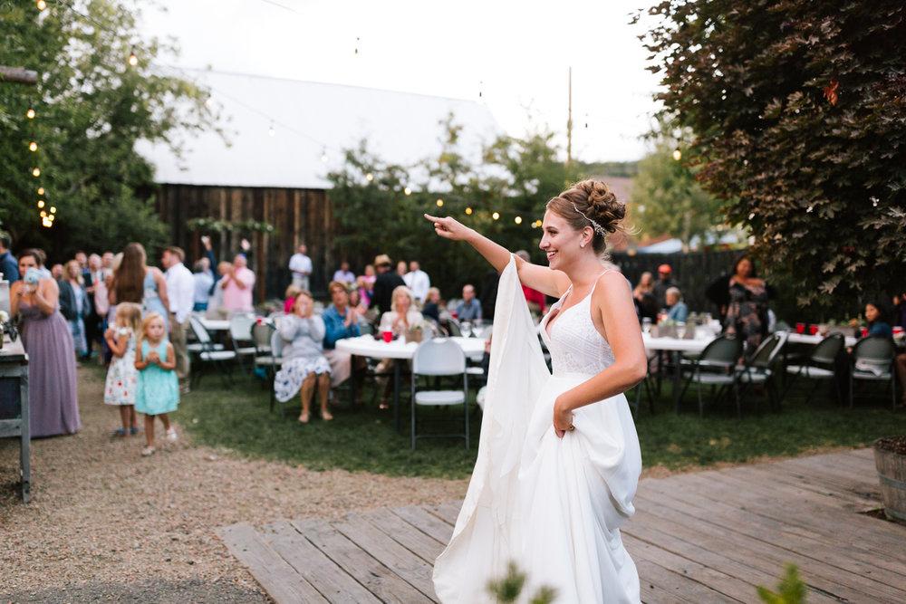 seattle_wedding_photographer_roslyn_outdoor_wedding-1146.jpg
