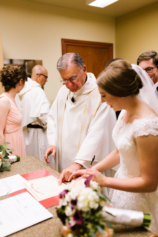 tacoma_wedding_photographer_union_station-0547.jpg
