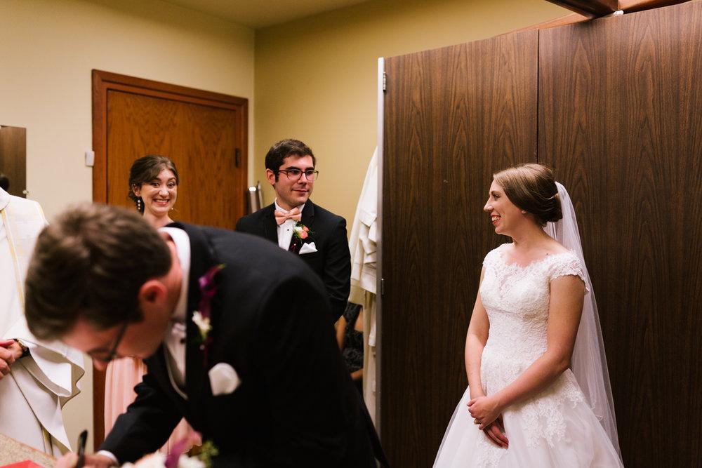 tacoma_wedding_photographer_union_station-0553.jpg