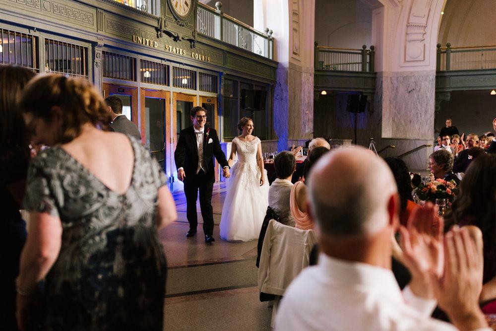 tacoma_wedding_photographer_union_station-0768.jpg