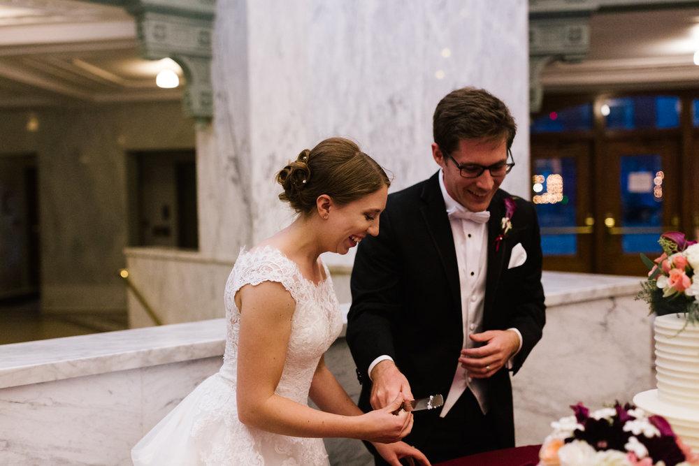 tacoma_wedding_photographer_union_station-0917.jpg