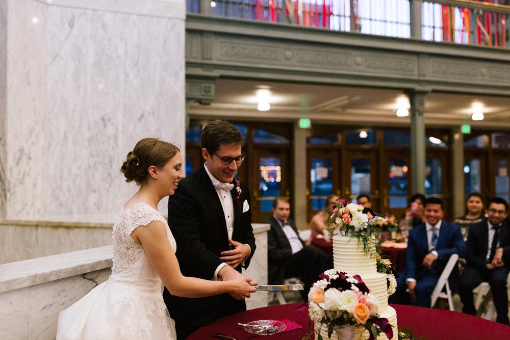tacoma_wedding_photographer_union_station-0913.jpg