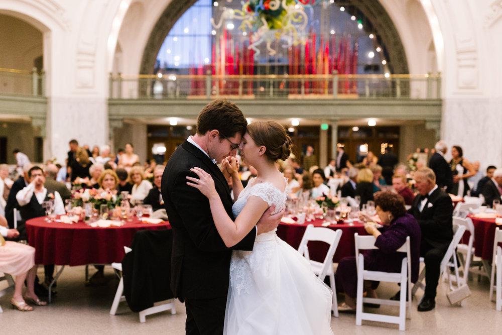 tacoma_wedding_photographer_union_station-0968.jpg