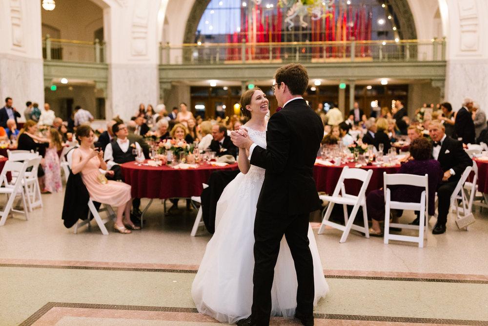 tacoma_wedding_photographer_union_station-0971-2.jpg