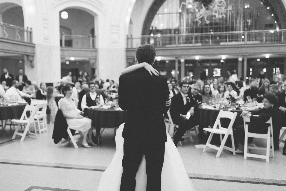 tacoma_wedding_photographer_union_station-0989.jpg