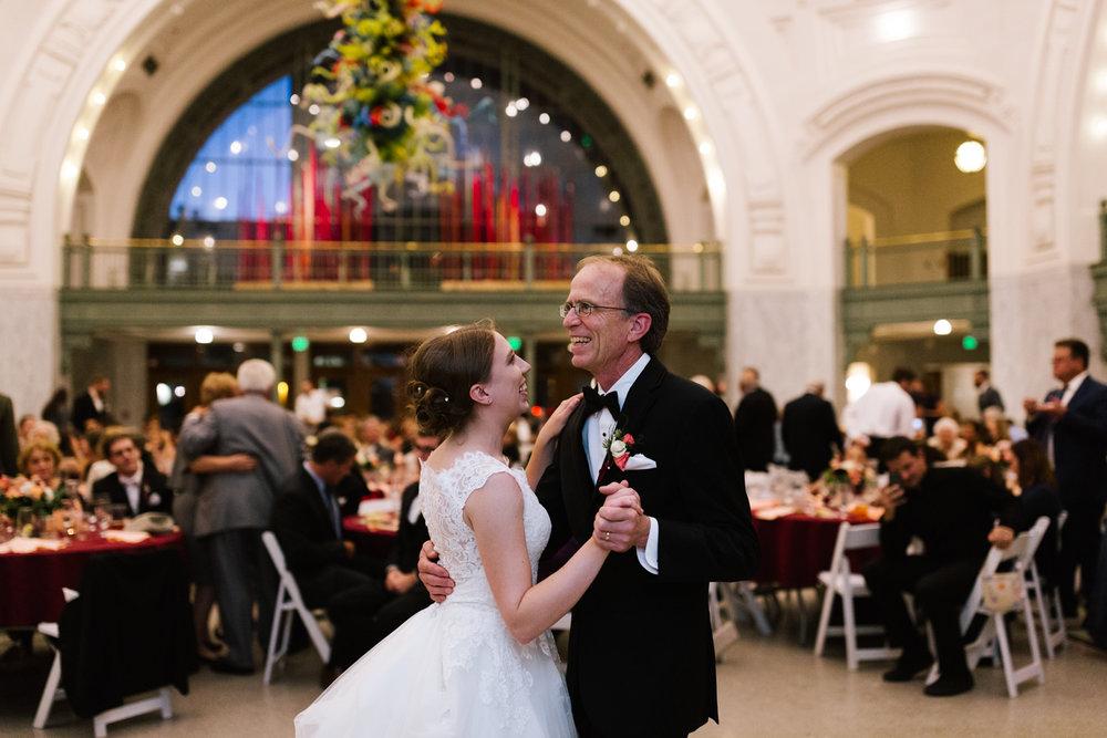 tacoma_wedding_photographer_union_station-1015.jpg