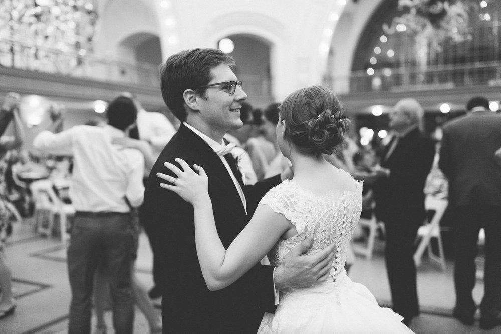 tacoma_wedding_photographer_union_station-1080.jpg