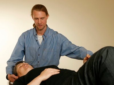 Pain relief with Alexander Technique