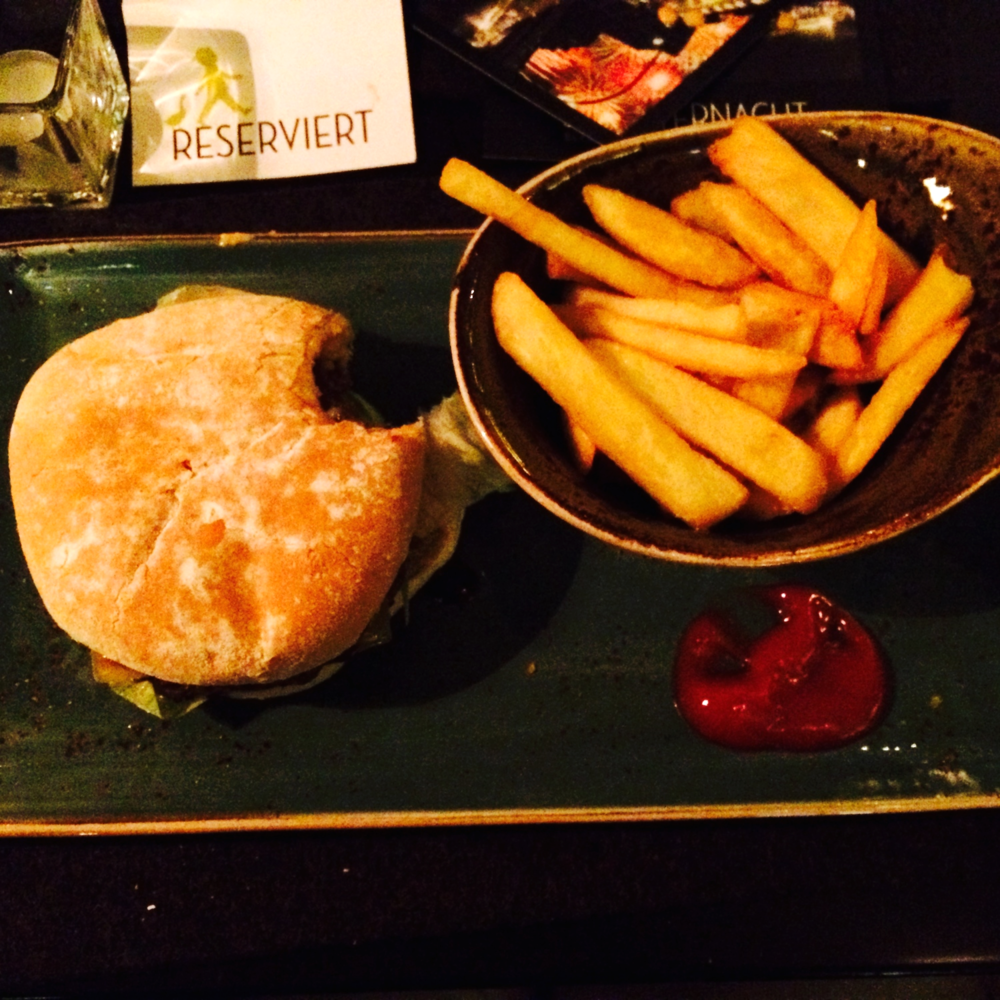 CLASSIC .....organic burger from Hans Gluck.