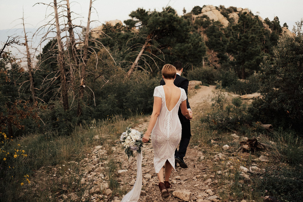 Arizona-Intimate-Elopement-Adventure-Photographer-Mount-Lemmon (12).jpg