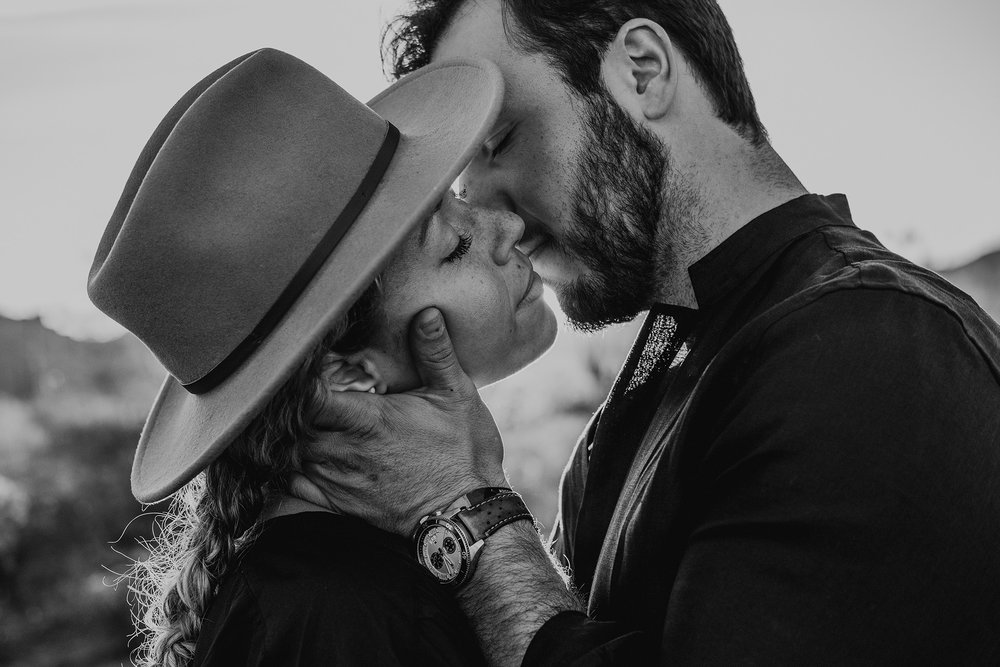 Arizona-Desert-Intimate-Wedding-Photographer-Lost-Dutchman-State-Park (32).jpg