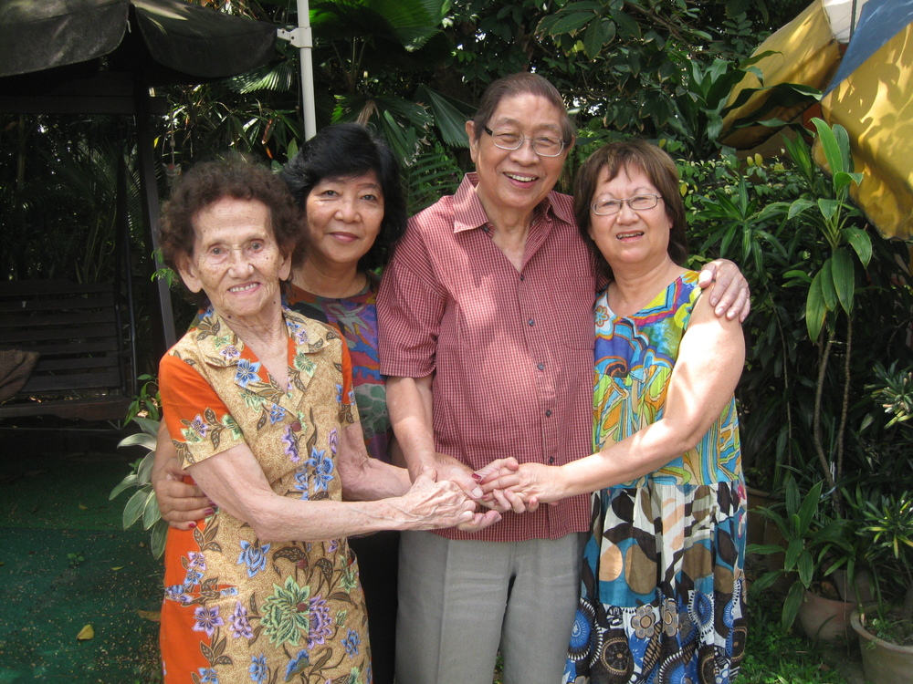 The Tie Family: Hilde (Christina's mum), Tina (Stephen's second wife), Stephen (Christina's uncle who visited Bahau) and Christina McTaggart, Singapore, 2010