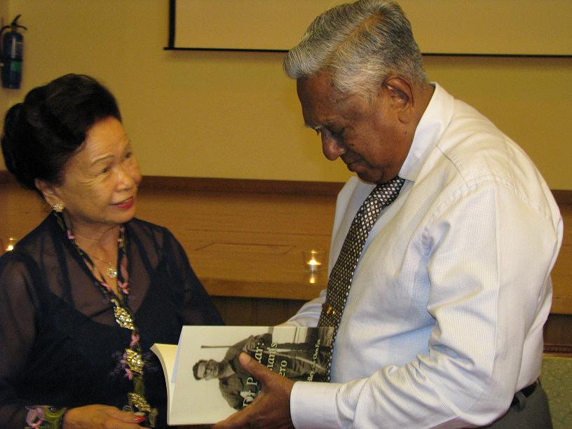 Emily Paglar with President Nathan at the lunch of the Charles Paglar book at the Eurasian Association Singapore, 2009
