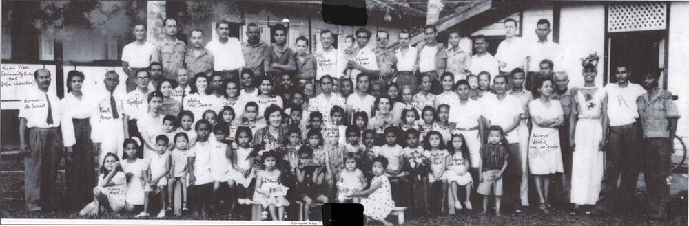 Group photo of Bahau internees who went to Kuala Pilah after liberation