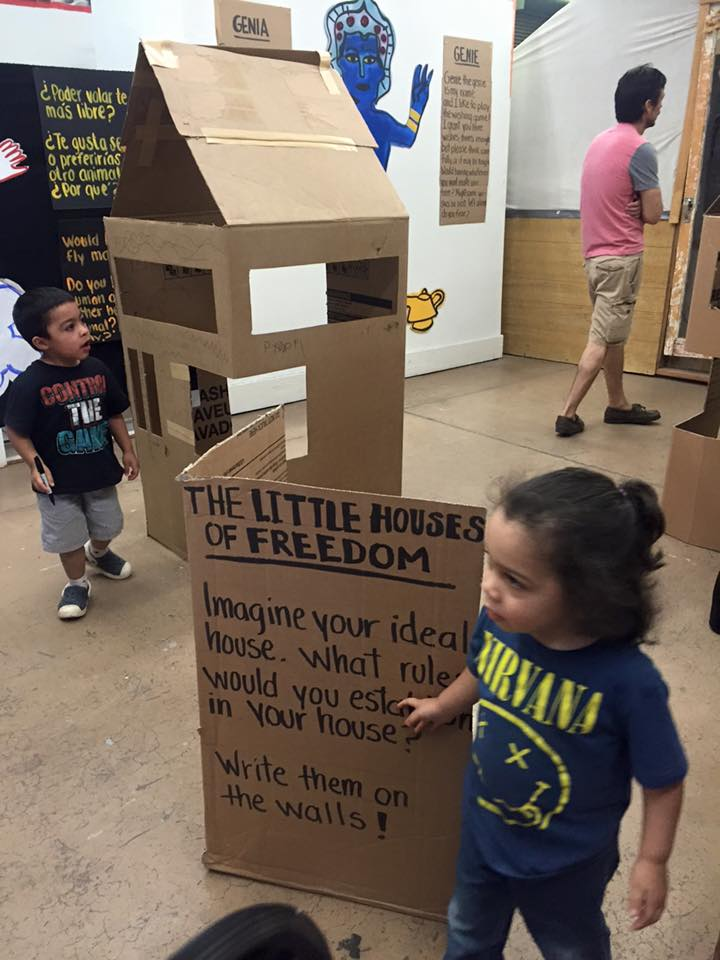 'Little Houses of Freedom'. Photo credit: Luis Hernández from El Diario de El Paso.