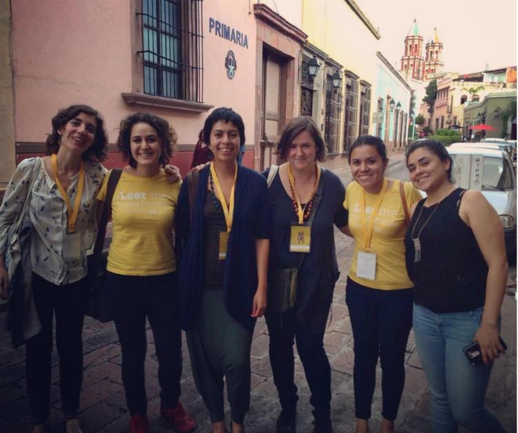 Las tres integrantes de Wonder Ponder, Raquel, Daniela y Ellen, con tres voluntarias de LEO en Querétaro en septiembre de 2016.