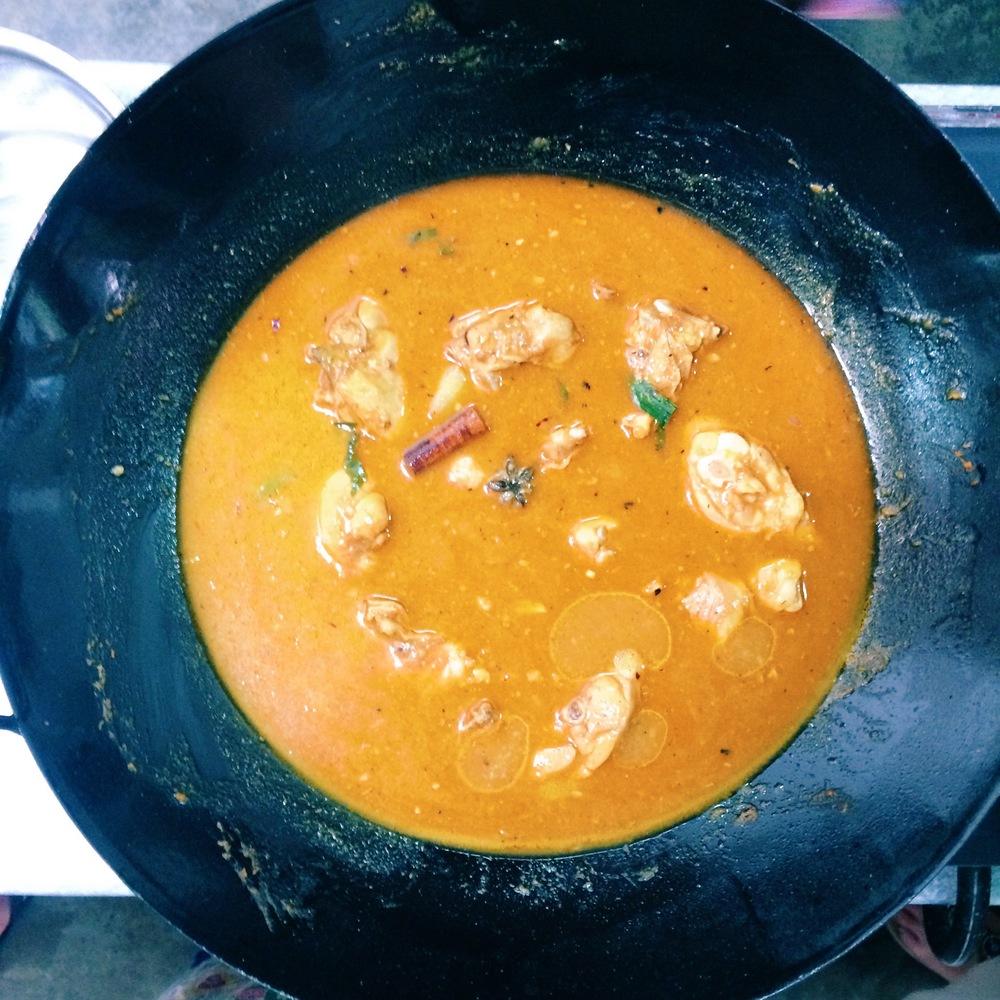 pollo al curry de sarawak