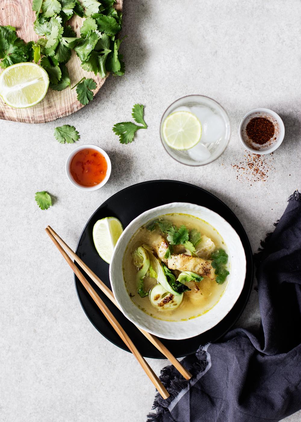 sopa de gengibre y cilantro