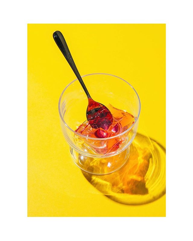Red jelly on yellow • • #jelly #yellow #red #fruit #glass #foodstylist #fruitporn #foodphotography #instafood #foodie #food #foodlover #sweet #desserts