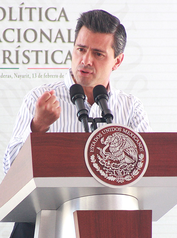 Mexican President Enrique Peña Nieto announcing the establishment of special economic zones