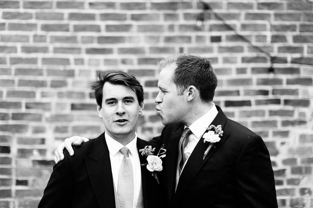 Langar-Hall-wedding-photographer-in-Nottinghamshire-Michael-Newington-Gray-33.jpg