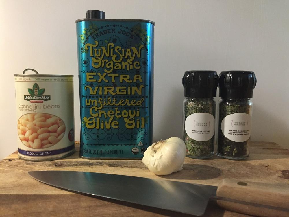 italian-white-bean-hummus-kale