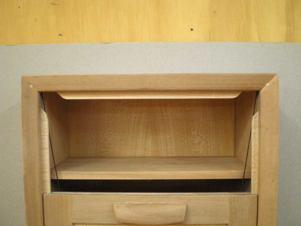 Pearwood Cabinet4 copy.jpg