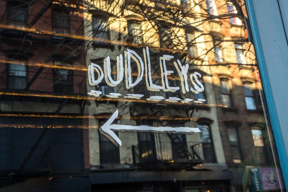 Dudley's (LES)