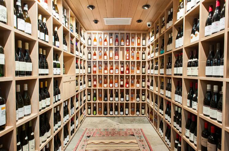 Helen's Wine Shop (Jon & Vinny's)