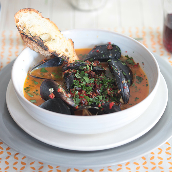 New Zealand Greenlip Mussels and Chorizo