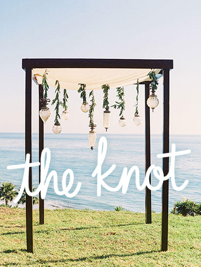 THE KNOT<br>RUSTIC WEDDING RECEPTION