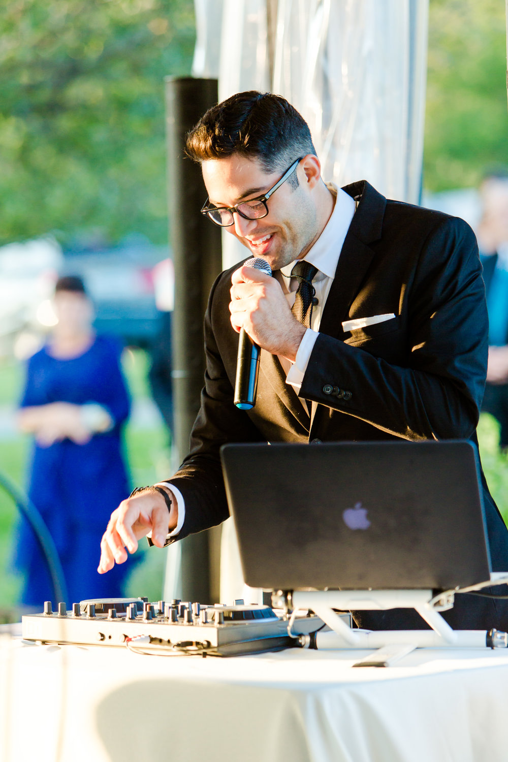 dv entertainment charlottesville wedding staunton wedding gaie lea wedding DJ eric and lindsay DJ David verde