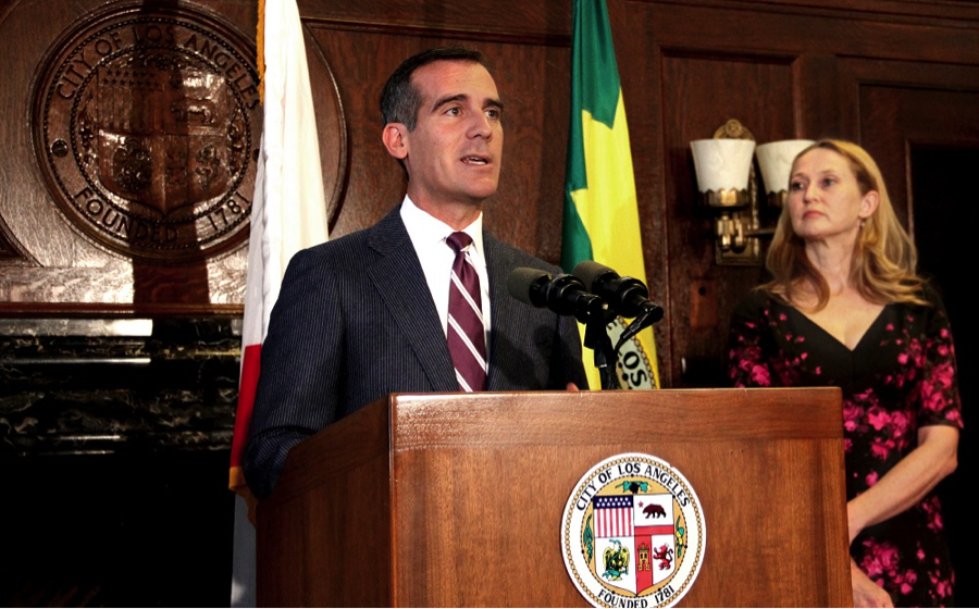 Mayor Eric Garcetti and First Lady Amy Elaine Wakeland meet with volunteers, law enforcement, and philanthropic partners to bring awareness to domestic violence and discuss the efforts being made to support victims.