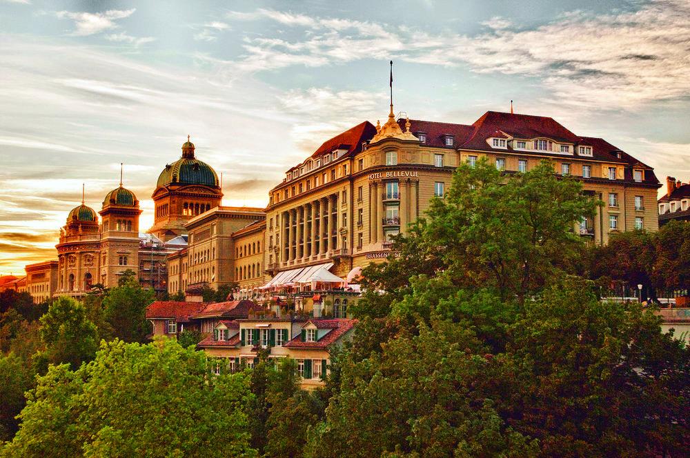 0HAUPTBILD_BP_hotel_outside01_bearbeitet.jpg