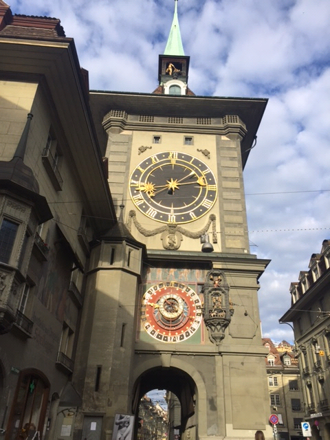 Famous medieval clock in the old city of Bern Zytglogge.png