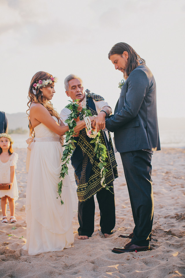 oahu-beach-ceremony