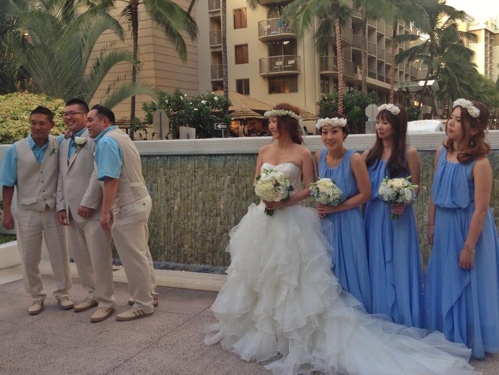 akemi-brett-wedding-party-bridesmaids-groomsmen-blue-theme
